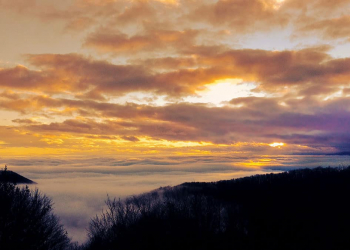 Sunset-Above-the-Mist